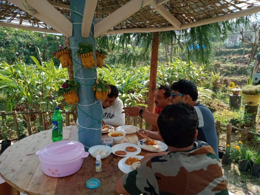 dine todey homestay near jhalong