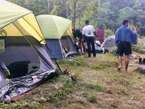 camping near jhalong